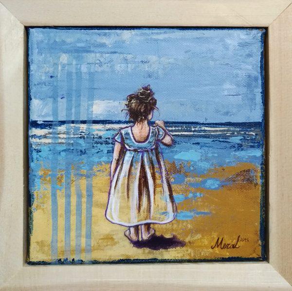 minik kız sahilde